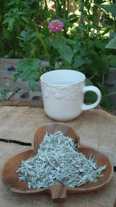 Mugwort tea has a very pleasing taste with a nice relaxing & soothing feel...